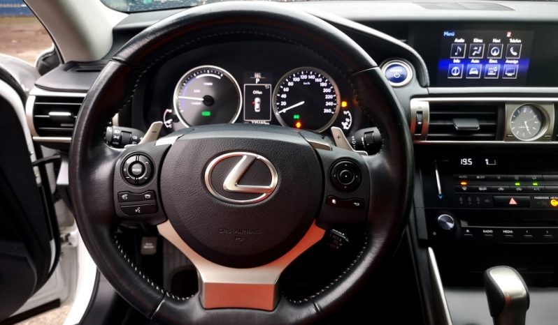 Lexus IS 300H full