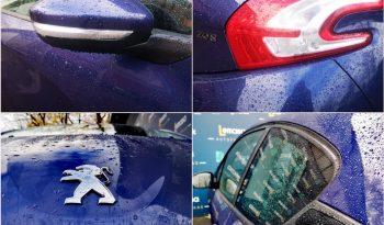 Peugeot 208 full