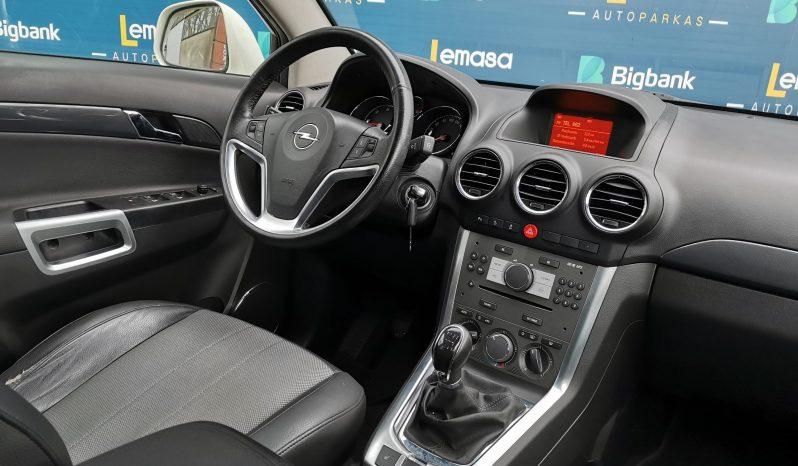 Opel Antara full