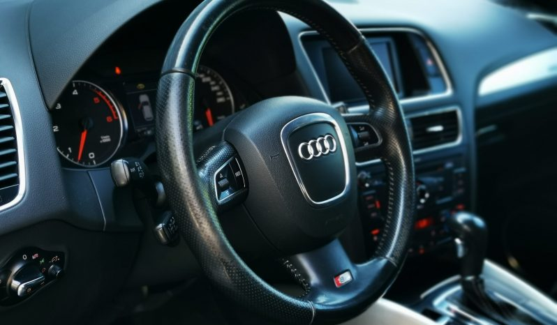 Audi Q5 full